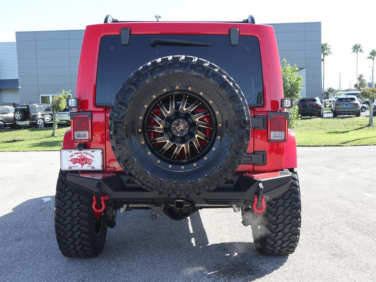 2015 Jeep Wrangler Unlimited 4WD 4dr Sahara
