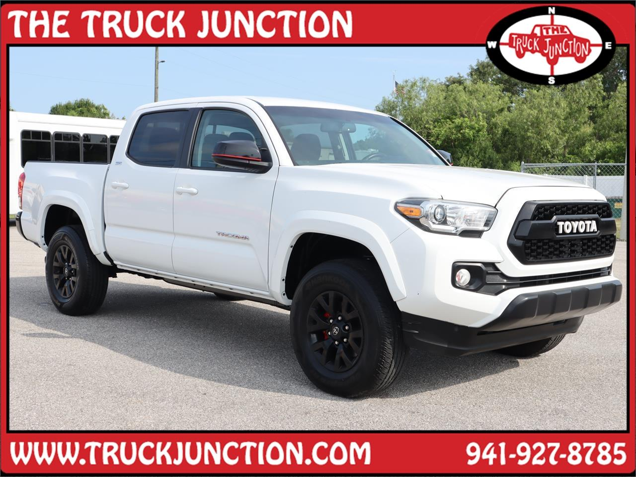2017 Toyota Tacoma SR5 Double Cab 5' Bed V6 4x2 A